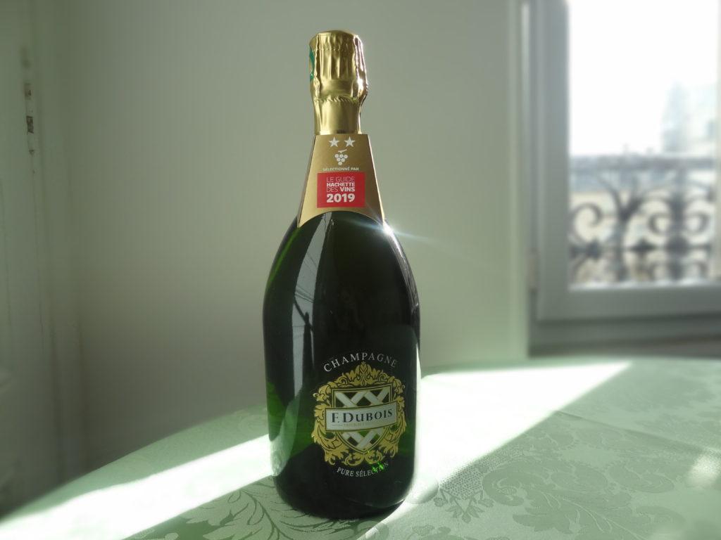 Cépages :Chardonnay, Pinot noir, Meunier Prix : 25,90 € Où le trouver : Grande distribution