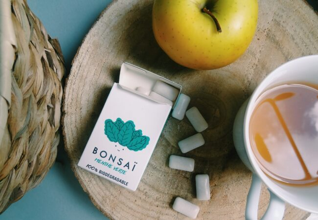 Bonsai – le chewing gum naturel, biodégradable et sans plastique