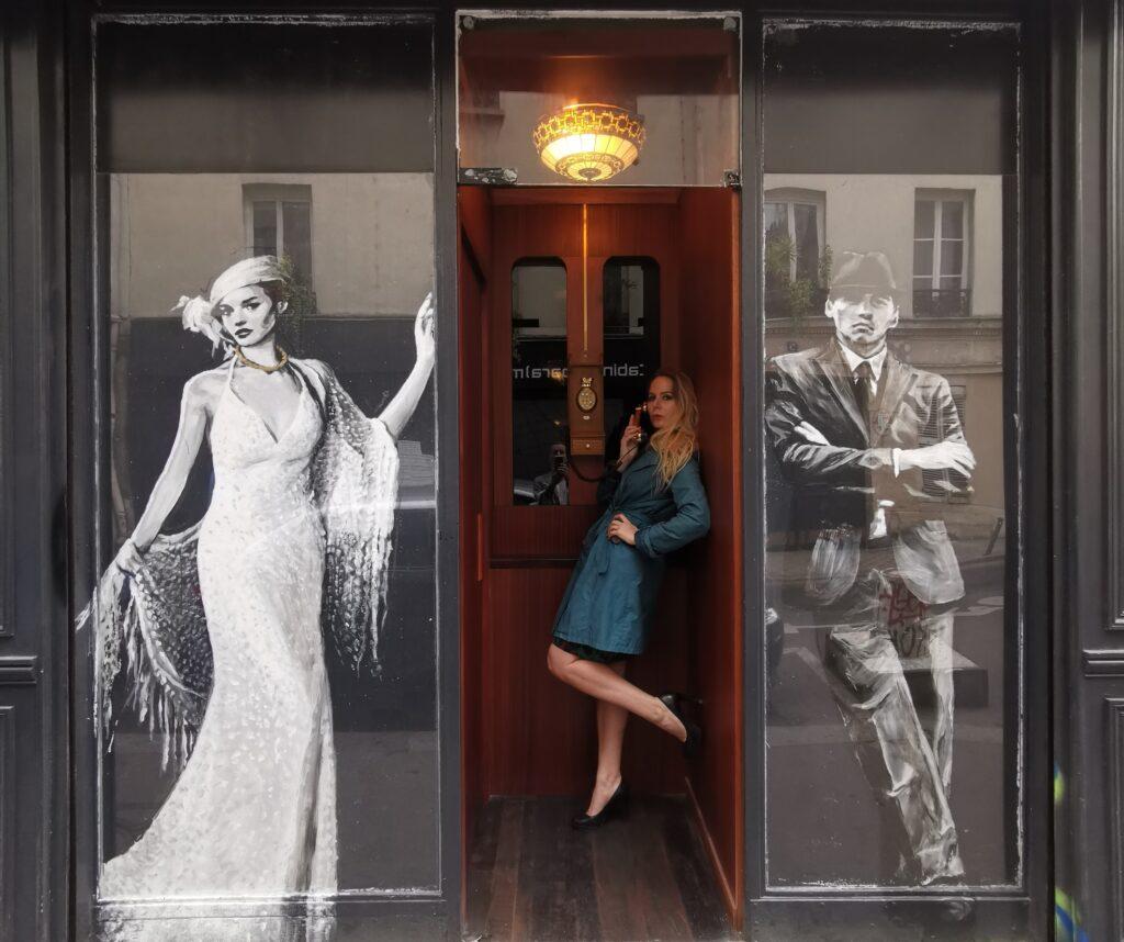 Sarah Paris Frivole au Mobster Bar Paris 11, le bar caché, Speakesy